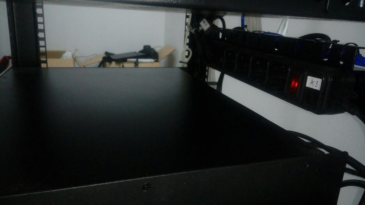 Монтаж серверной стойки №4